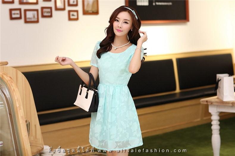 ชุดเดรสลูกไม้สีเขียว คอกลม แขนสั้น แนวเกาหลี สวยหวาน น่ารักๆ