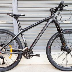 จักรยานเสือภูเขา Twitter รุ่น Devil 2018 เฟรม Top Alu สีดำไททาเนียม ล้อขนาด 27.5 นิ้ว ชุดขับ Shimano SLX 33 Speed โช๊คลมรีโมท กระโหลกกลวง ดุมล้อแบริ่งตลับ
