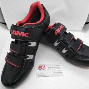 โปรโมชั่นใหม่ รองเท้าคลีต AMC สีดำแดง พื้นไนล่อน ไซส์ 40-45 รองรับคลีตหมอบและภูเขา