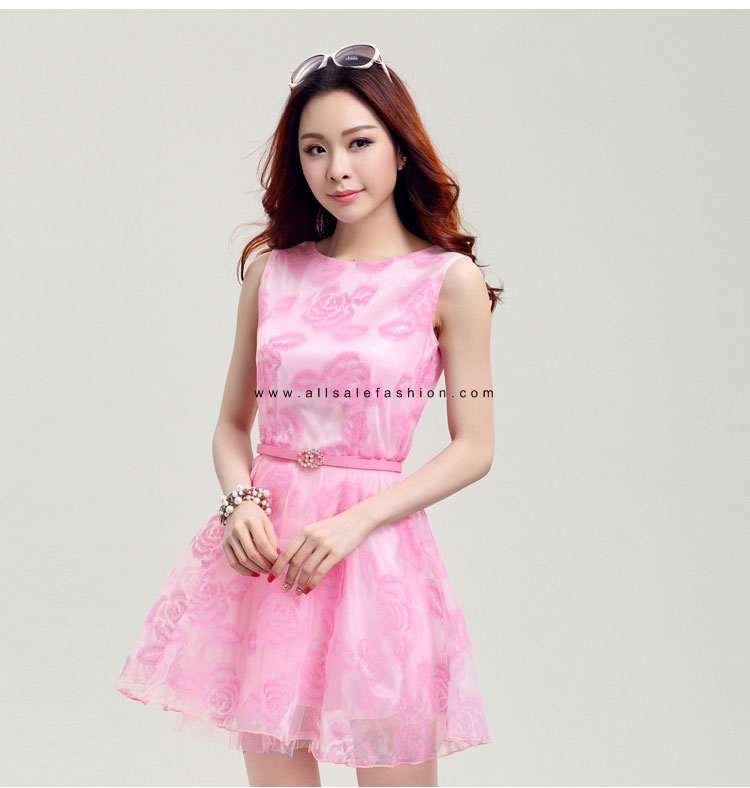 ชุดเดรสสั้นสีชมพู แขนกุด แนวเกาหลีสวยๆ น่ารักๆ ใส่เป็นชุดลำลอง ชุดไปงานแต่งงานน่ารักๆ