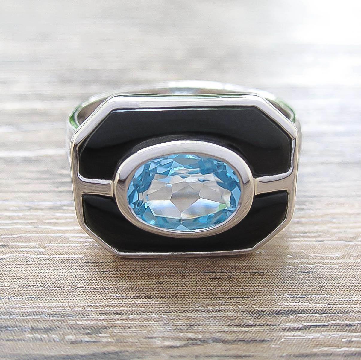 แหวน Blue Topaz + Black Onyx Sterling Silver สี Rhodium รุ่น Charming