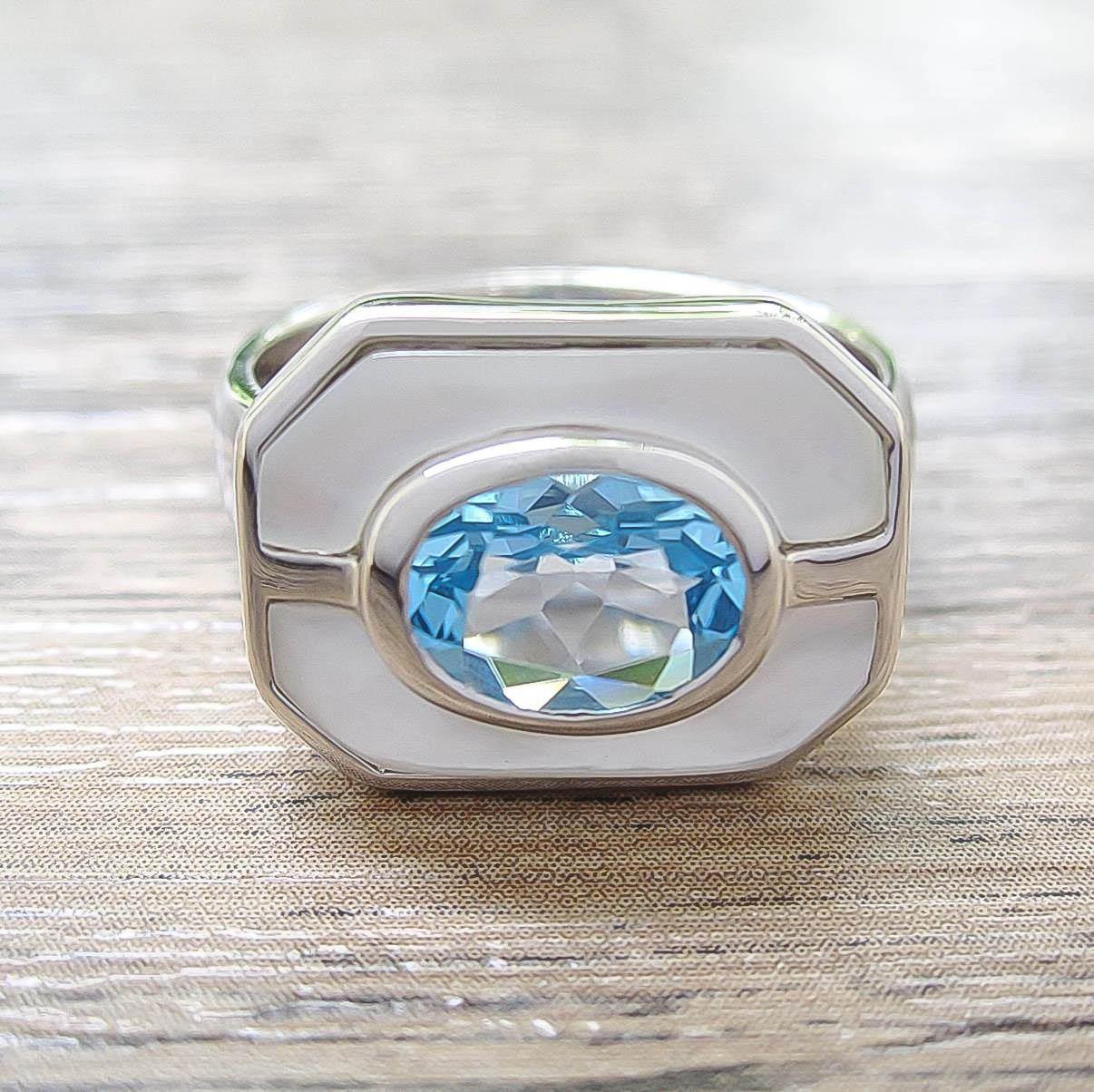 แหวน Blue Topaz + Mother of Pearl Sterling Silver สี Rhodium รุ่น Charming