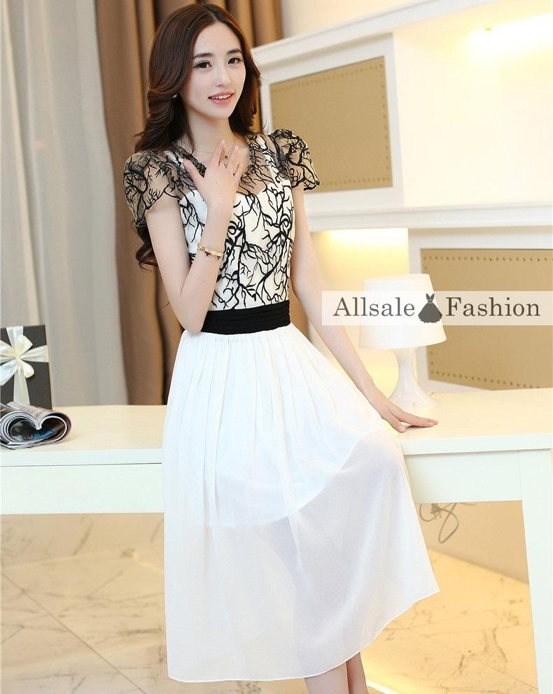 ชุดเดรสยาวสวยหรู โทนสีดำขาว ปักลายสวยเก๋ เอวคาด กระโปรงสีขาวผ้าชีฟอง