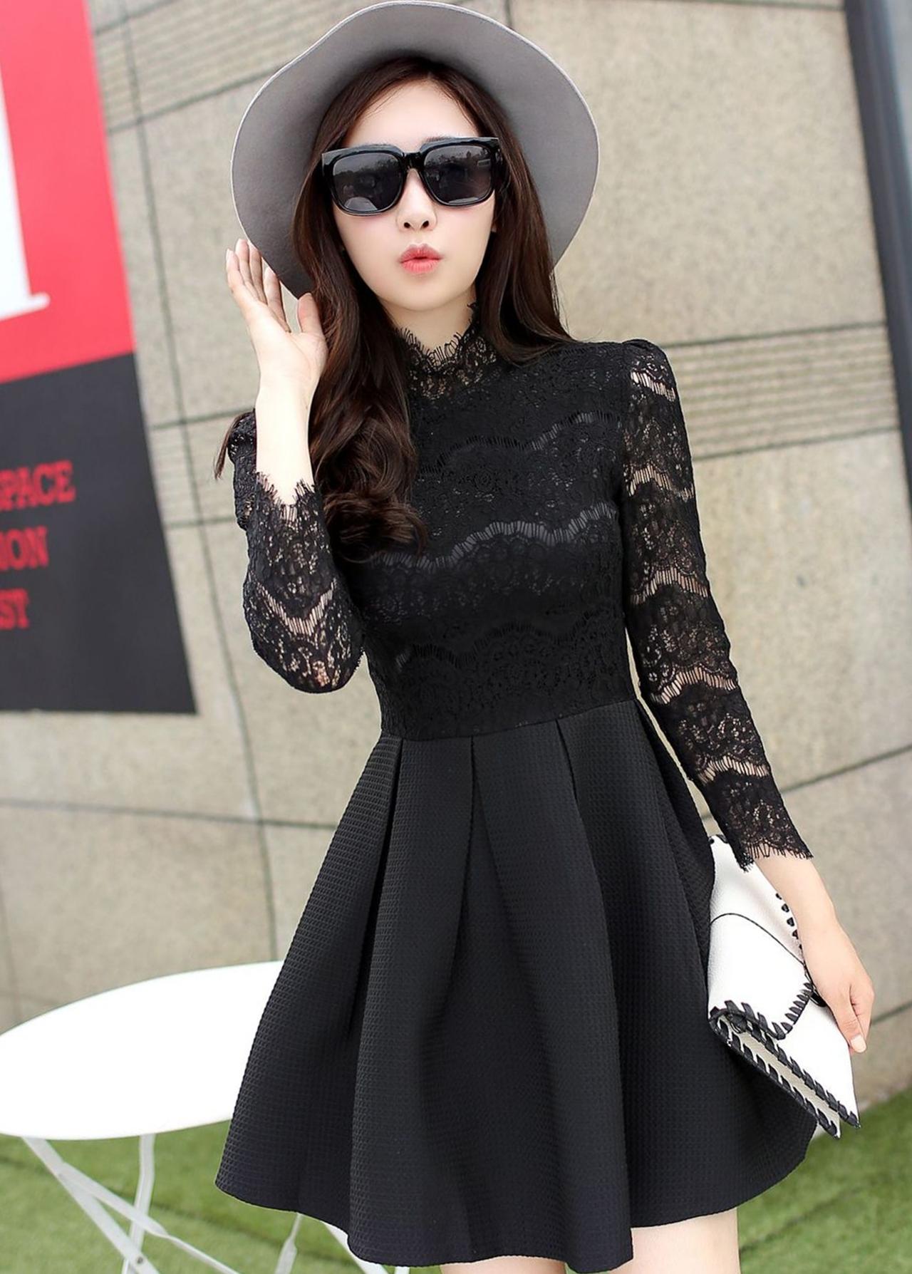 ชุดเดรสสั้นสีดำ แนวคุณหนู เรียบร้อย สวยหรู ดูดี สไตล์เกาหลี
