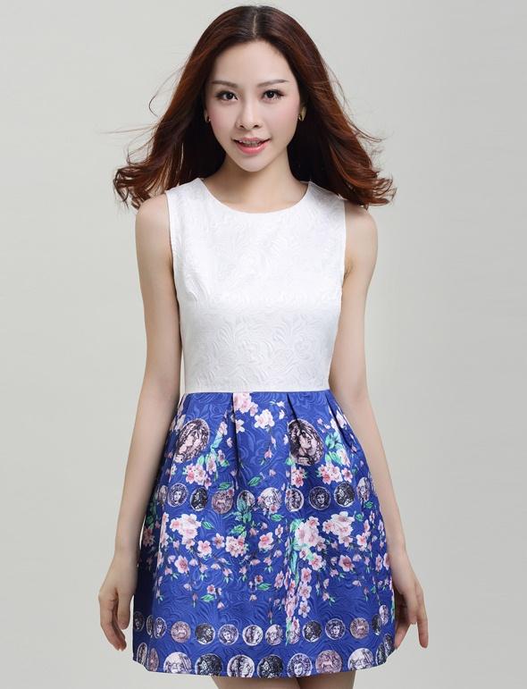 ชุดเดรสสวยๆราคาถูก ชุดแซกกระโปรงใส่ทำงาน สีน้ำเงิน ช่วงบนสีขาว กระโปรงลายดอกซากุระหวานๆ ผ้าคอลตอลอัดลายดอกไม้ ซิปหลัง
