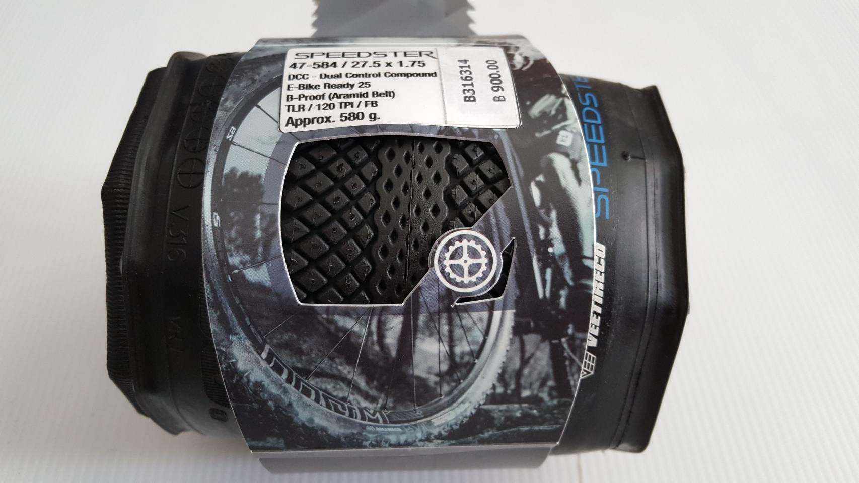 ยางนอกเสือภูเขา Vee Tire รุ่น Speedster 27.5 x1.75 ดอกทางเรียบ มีกันหนามในเนื้อยาง เส้นใย 120 TPI