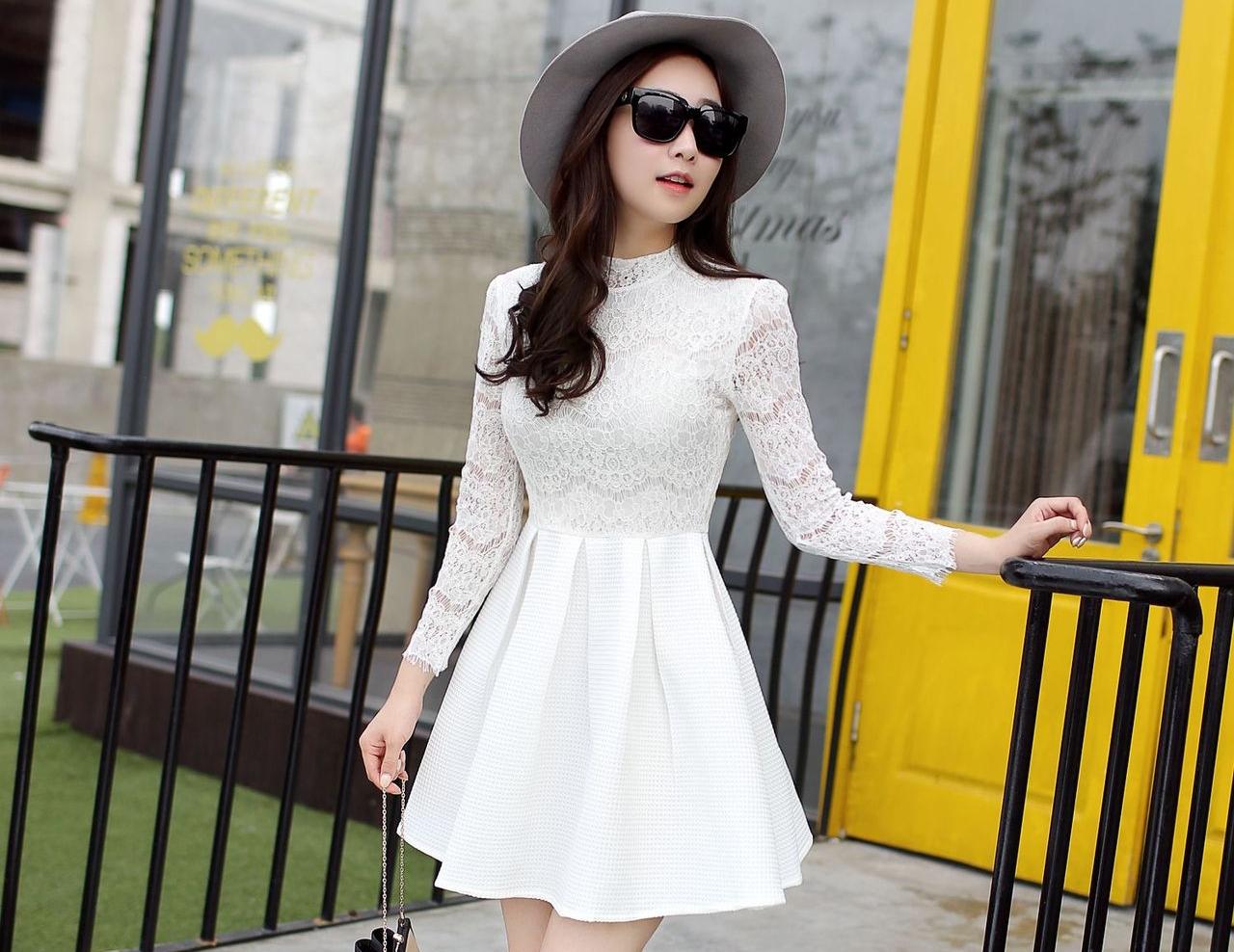 ชุดเดรสสั้นสีขาว แนวคุณหนู เรียบร้อย สวยหรู ดูดี สไตล์เกาหลี