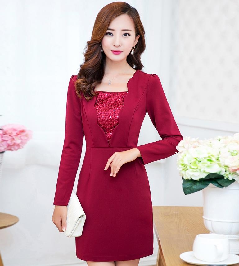 ชุดเดรสทำงาน แซกทำงาน สีแดง หน้าอกแต่งดีเทจเก๋ๆ แขนยาว เข้ารูป แนวเกาหลีสวยๆ