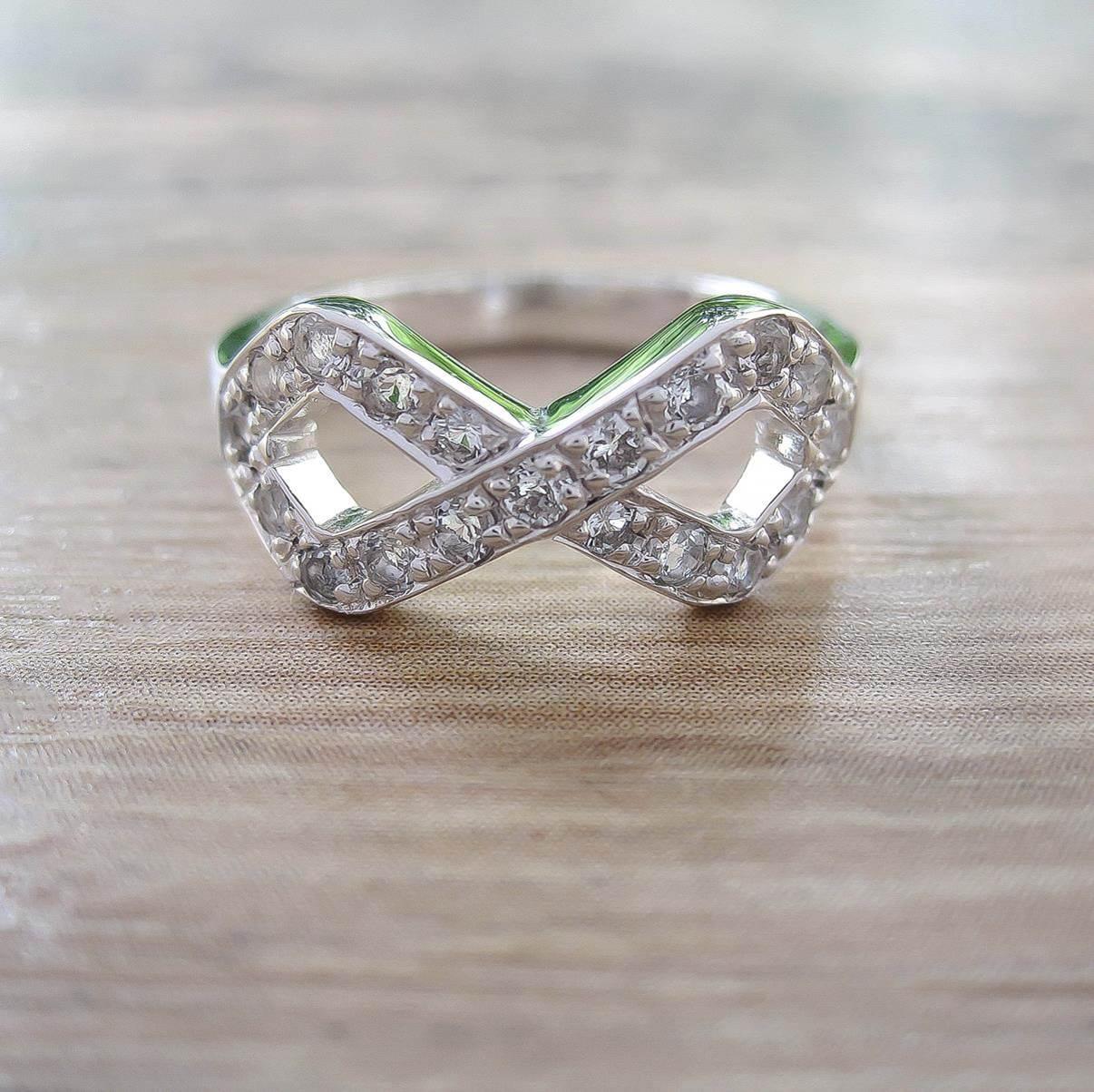 แหวน White Topaz Sterling Silver สี Rhodium รุ่น Infinite