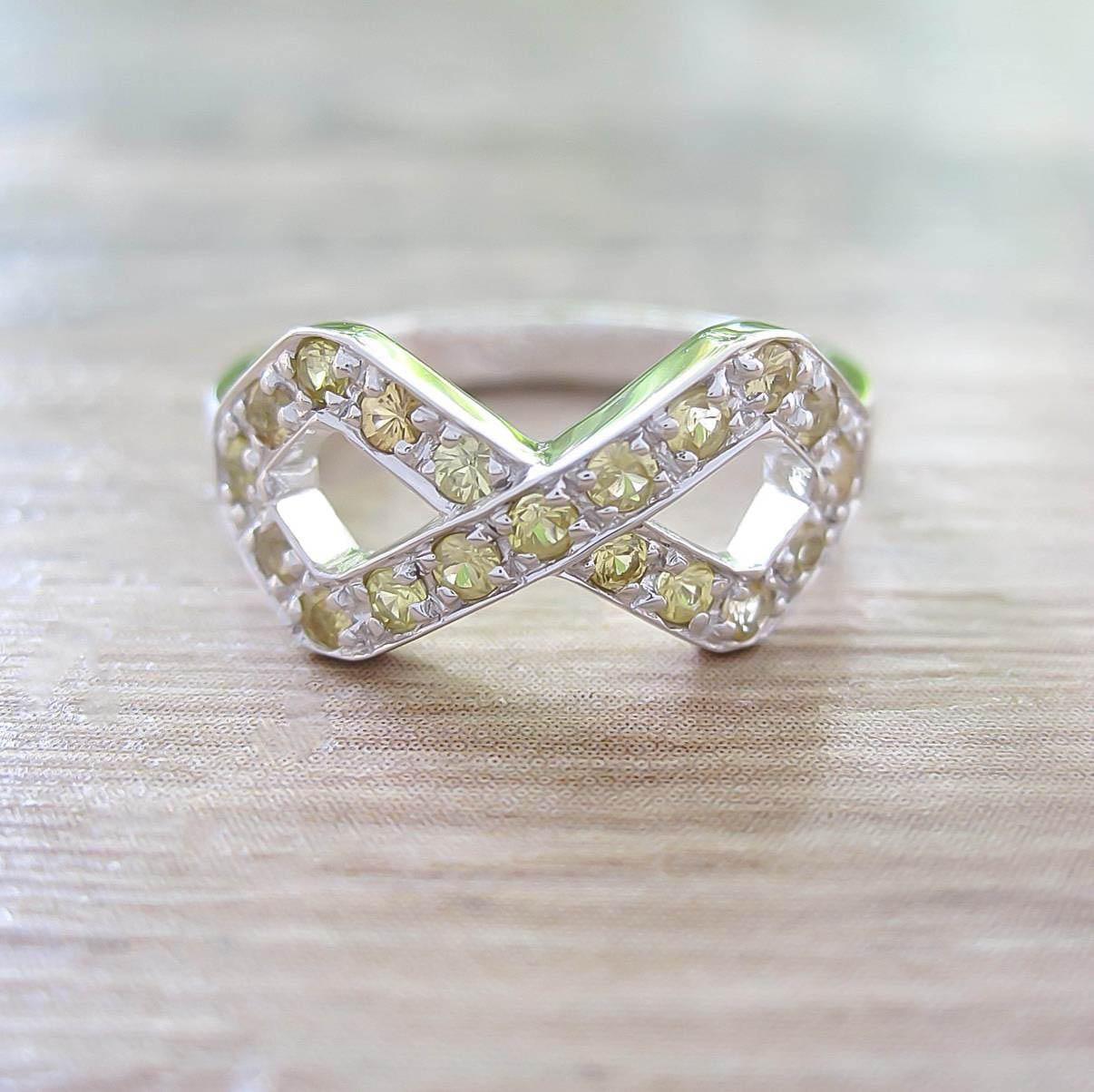 แหวน Yellow Sapphire Sterling Silver สี Rhodium รุ่น Infinite