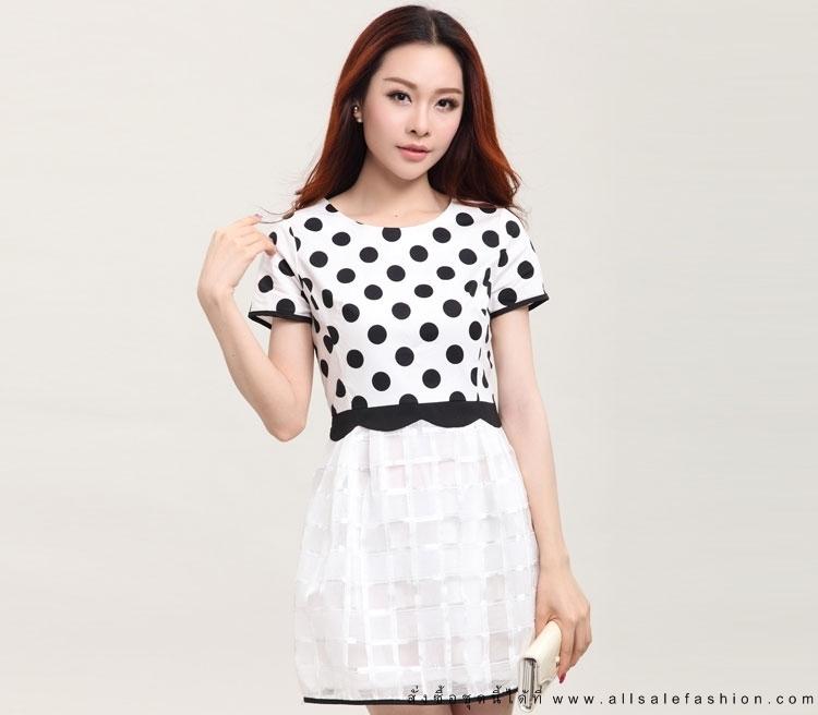 ชุดเดรสทำงานสีขาว ดำ ลายจุด แขนสั้น แนวแฟชั่นเกาหลีสวยๆ