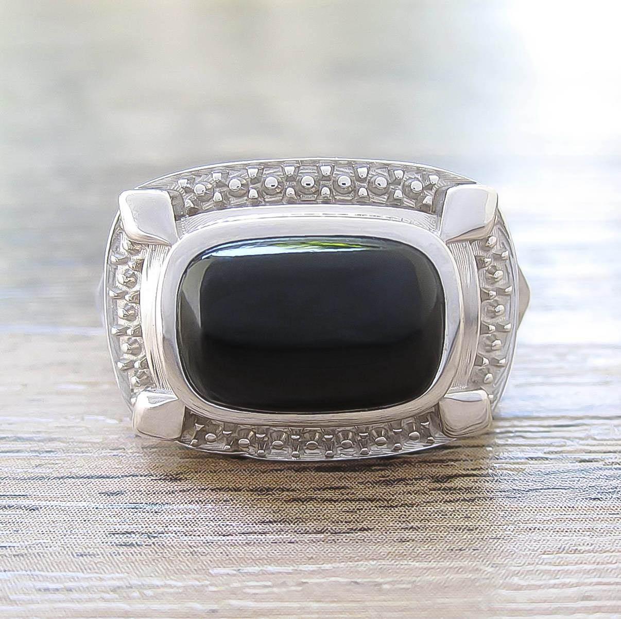 แหวน Black Onyx Sterling Silver สี Rhodium รุ่น Luxury