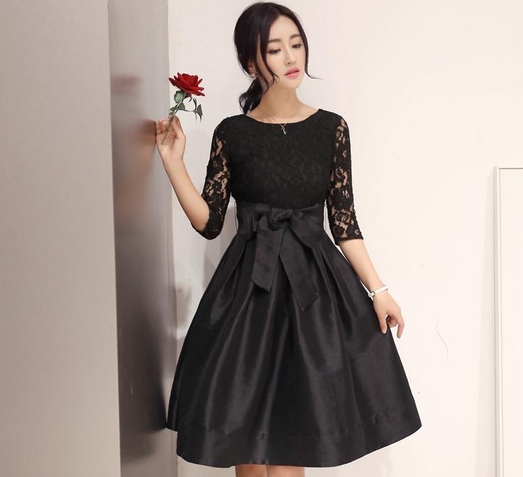 ชุดเดรสสั้นสีดำ ผ้าลูกไม้ แขนสามส่วน กระโปรงผ้าไหม พร้อมผ้าผูกเอว สวยๆ