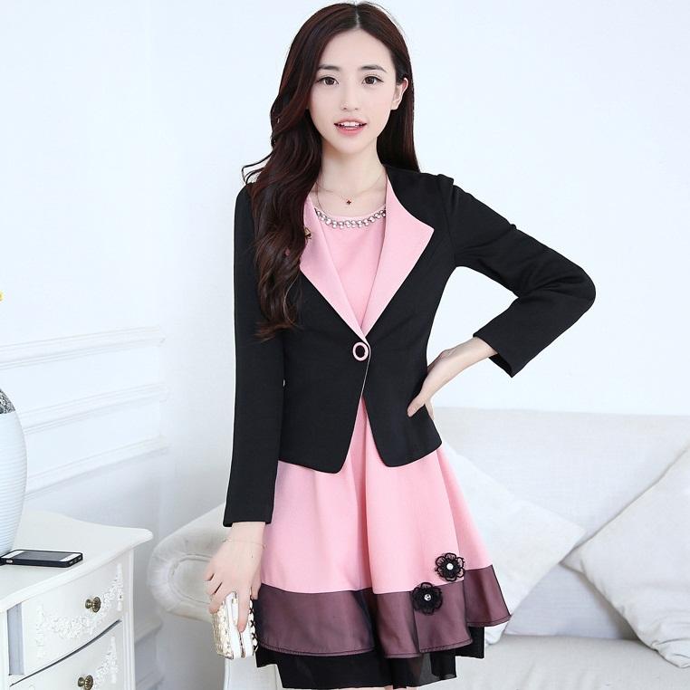 ชุดเดรสทำงานสวยๆแฟชั่นเกาหลี ชุดแซกกระโปรงสั้น สีชมพู + เสื้อสูทแขนยาวสีดำ เป็นชุดทำงานออฟฟิศ(บริษัท),คุณครู,ราชการ แบบสวยๆ เรียบร้อยดูดี ( S,M,L,XL)
