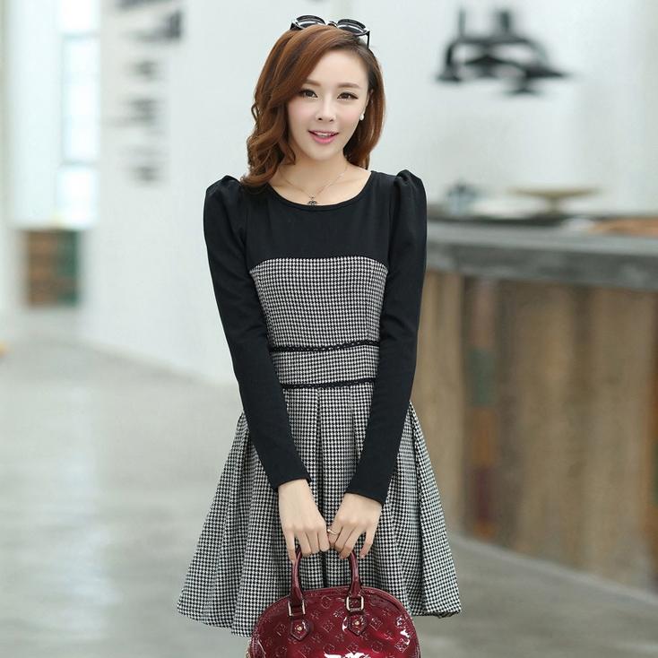 ชุดทำงานสวยๆ ชุดเดรสสั้น สีดำเทา แขนยาว กระโปรงบาน ให้ลุคสาวหวานสไตล์เกาหลี สวยหรู ดูดี เรียบร้อย ( S,M,L,XL )