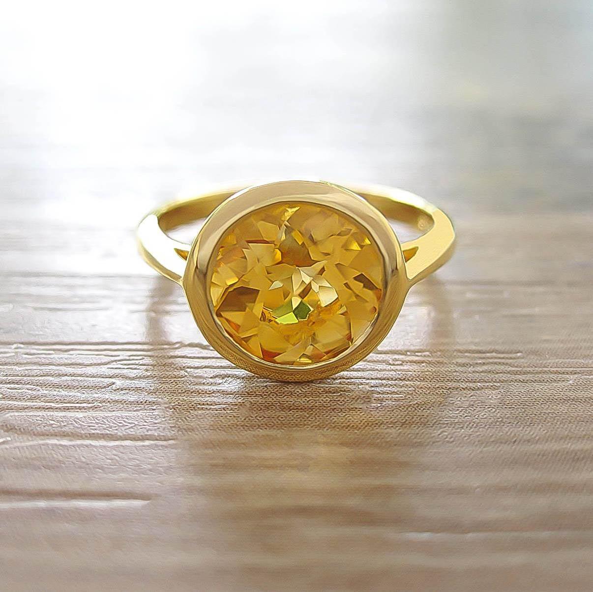 แหวน Citrine Sterling Silver สี 18K Yellow Gold รุ่น Dashing