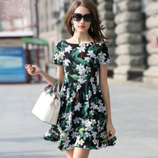 ชุดเดรสทำงานสีดำลายดอกไม้โทนสีเขียว ขาว แขนสั้น ผ้าชีฟอง ลุคสวยหวาน น่ารักๆ ราคาถูก
