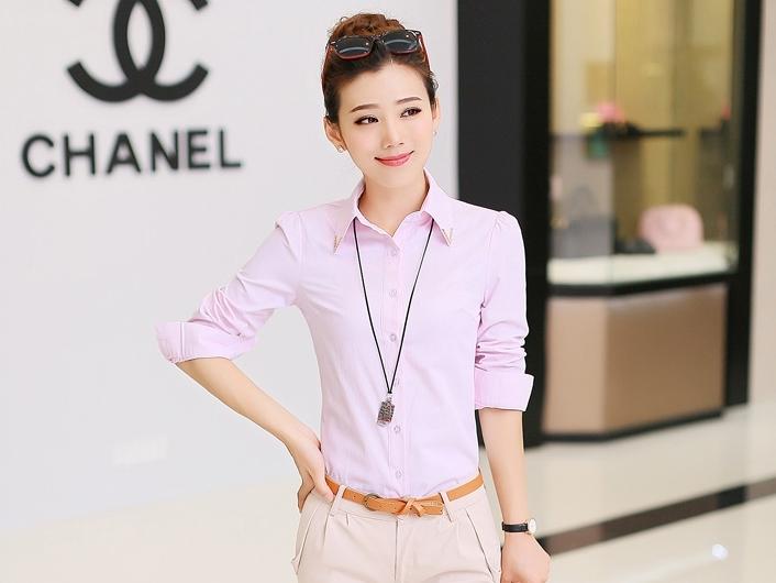 เสื้อเชิ้ตทำงานสีชมพู แขนยาว กระดุมหน้า คอปก ตรงปกเย็บประดับเลื่อม