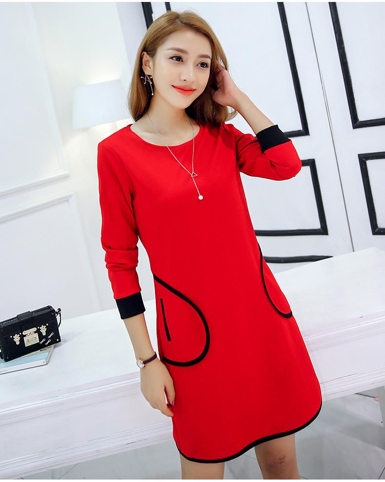 ชุดเดรสสั้นน่ารักๆ สีแดง ทรงปล่อย คอกลม แขนยาว แต่งกระเป๋าด้านหน้า ตัดขอบสีดำ แฟชั่นน่ารักๆ สไตล์เกาหลี
