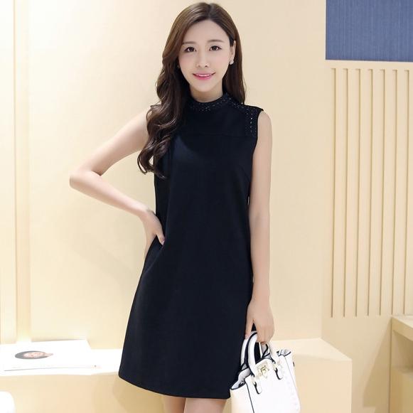 ชุดเดรสสั้นสีดำ ทรงสอบ คอกลมปักคริสตรัล แขนกุด สวย น่ารัก ดูดี แฟชั่นสไตล์เกาหลี S-XL