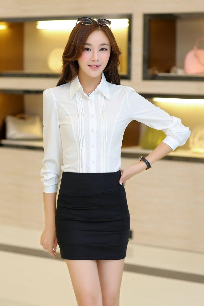 เสื้อเชิ้ตทำงานสีขาว แขนยาว คอปก กระดุมหน้า เอวเข้ารูป สวยเก๋