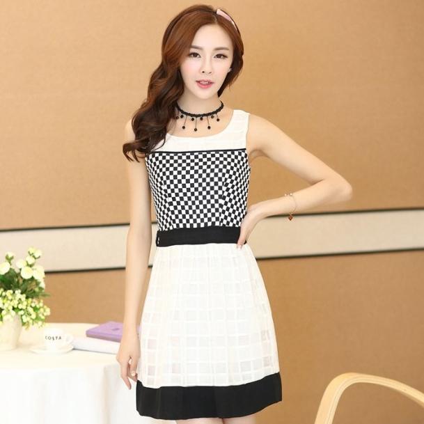 ชุดทำงานแฟชั่นเกาหลี มินิเดรสสวยๆ เดรสสั้นแขนกุด กระโปรงผ้าแก้ว สีดำ ( S M L XL )