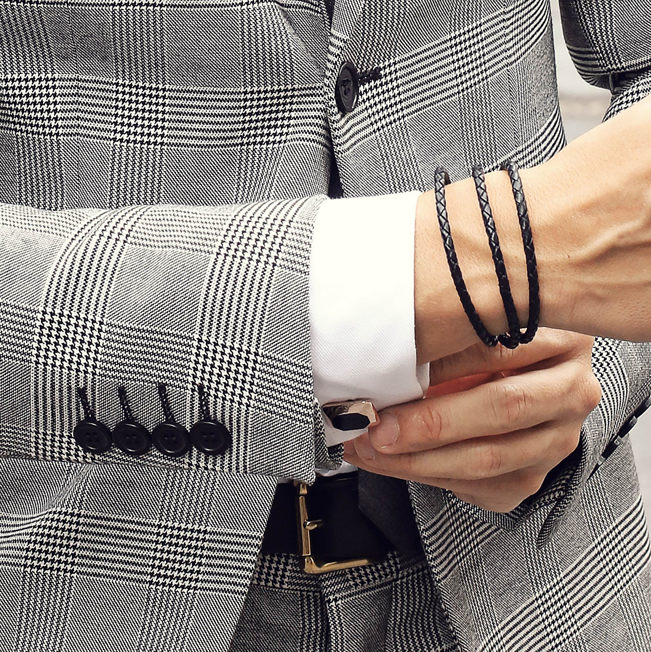 Sergio Ines (@whatmyboyfriendwore) with Elite & Luck Cufflinks
