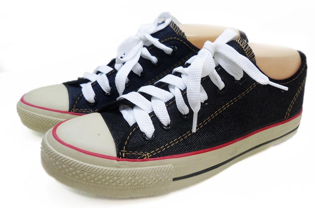[พร้อมส่ง]รองเท้าผ้าใบแฟชั่น สียีนส์-ดำ รุ่น ริมแดง 191
