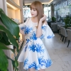 ชุดเดรสสั้นสีขาวพิมพ์ลายสีฟ้า เว้าไหล่ แขนระบาย ลุคสวยๆน่ารักๆสไตล์เกาหลี ราคาถูก