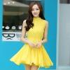 ชุดเดรสสั้นสีเหลือง ผ้าชีฟอง คอจีน ชายกระโปรงจับจีบเป็นระบาย ลุคสาวหวาน น่ารัก