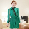 ชุดเดรสทำงานแนววินเทจ สีเขียว ผ้าชีฟอง คอเต๋า แขนยาว กระโปรงพลีท เป็นชุดเดรสหวาน แบบสวย น่ารัก สไตล์แฟชั่นเกาหลี ( M L )