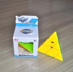 Cyclone Boys Pyraminx Stickerless V2
