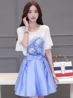 ชุด SET แฟชั่นเกาหลีน่ารัก เสื้อสีขาว + กระโปรงสั้นสีฟ้า น่ารัก