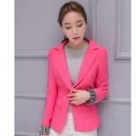เสื้อสูททำงานผู้หญิงสีชมพู คอปก แขนยาวพับปลายเสื้อลายทางขาวสลับดำ ราคาถูก