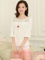 เสื้อแฟชั่นเกาหลี เสื้อทำงาน สีขาว ผ้าชีฟอง แต่งลายลูกไม้ แขนสามส่วน ( M ,L,XL,XXL )