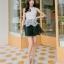 ชุดราตรีสั้น ชุดออกงาน ชุดเดรสแฟชั่นเกาหลี ชุดเดรสน่ารัก ชุดเดรสออกงาน ชุดเดรสสั้น เสื้อสีขาว แขนกุด เย็บติดกระโปรงสีดำ ( S,M,L,XL ) thumbnail 8
