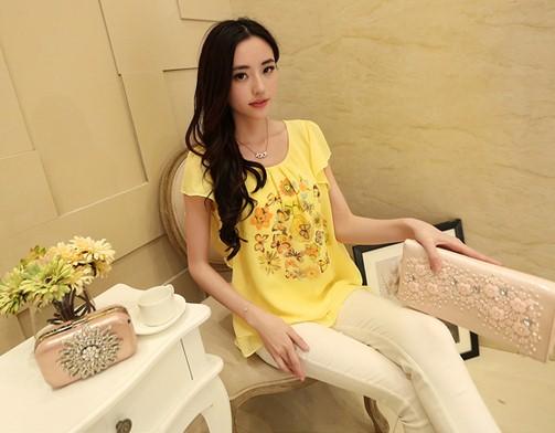เสื้อทำงานแฟชั่นสไตล์เกาหลีสวยๆ สีเหลือง ผ้าชีฟองพิมพ์ลายดอกไม้หวานๆ ใส่ทำงานได้ ,เสื้อราคาถูก