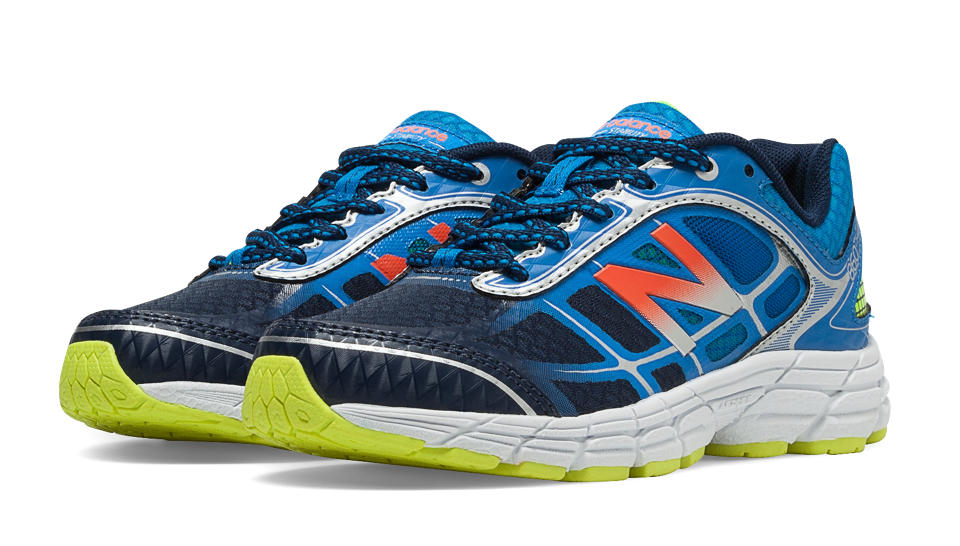 navy blue new balance for boys