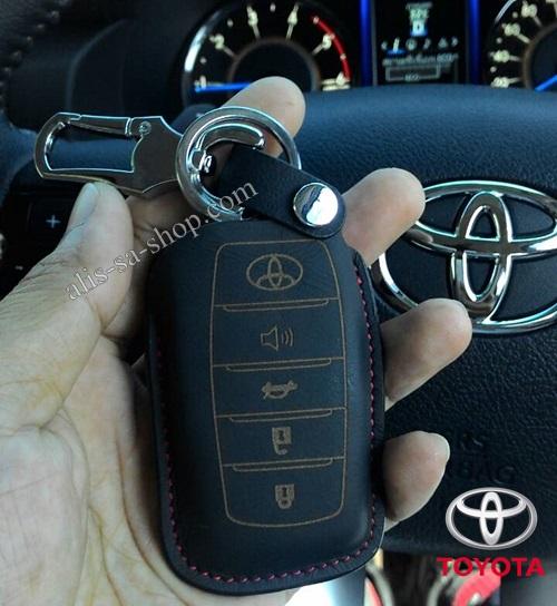 ซองหนังแท้ใส่กุญแจรีโมทรถยนต์ All New Toyota Fortuner/Camry Hybrid 2015-17 รุ่นหนังนิ่ม Smart 4 ปุ่ม สีดำ/ด้ายแดง