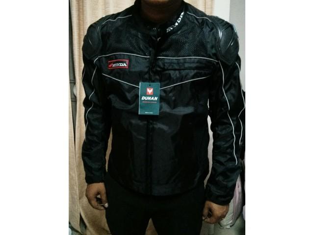 ชุดขี่มอเตอร์ไซค์ เสื้อแจ็คเก็ต เสื้อการ์ดอ่อน DUHAN D-070 ไซส์ L สีดำ