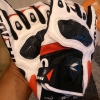 ถุงมือขี่มอเตอร์ไซค์ ไทชิ Rst 410 สีขาวแดง