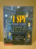 I SPOOKY NIGHT : A BOOK OF PICTURE RIDDLES